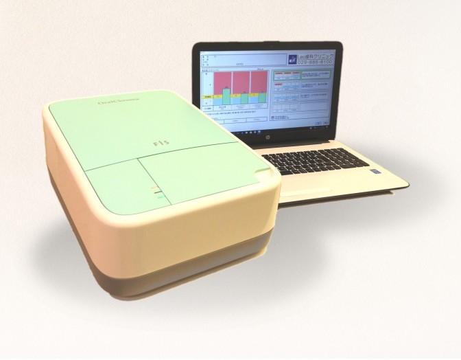 口臭測定器です。自分ではきずきにくい講習を機械による測定で数値・視覚化致します。
